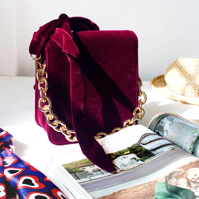Vintage Small Crossbody Bag Velvet Winter HandBags For Women 2016 Thick Metal Chain Clutch Tote Purse Bow Tie Shoulder Bag