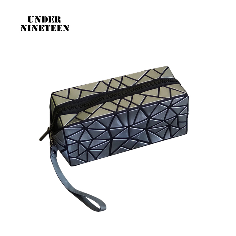 Under Nineteen New Fashion Cosmetic Bag Cases Female Make Up Organizer Pouch Neceser Toiletry Washing Bag Wholesale Custom Logo