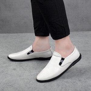 Image 4 - 2020 أحذية رجالي عادية حقيقية أحذية جلدية بدون كعب الذكور الكلاسيكية أبيض أسود الانزلاق على حذاء رجل الشقق أحذية قيادة للرجال حجم 37 46