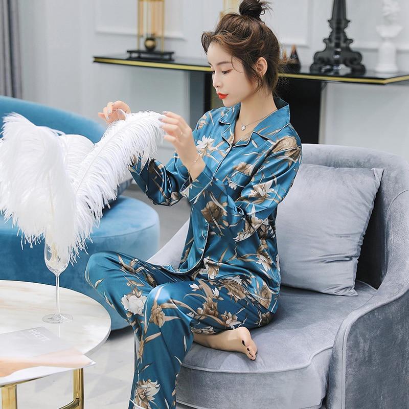 2018 autumn Long Sleeve Silk Pajamas Set Two Pieces Set Women Sexy Nightwear for Women Sleepwear Long Pant Set casual homewear