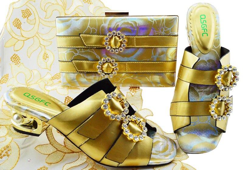 Ensembles Italien 1 3 Et Nouveau La 2 Mariage 5 7 Africaine 4 Couleur Qsgfc Sac Pour Pas Chaussures Étrange De Ensemble Assorties Style 6 Or Robe Cher Prix 7fyb6g