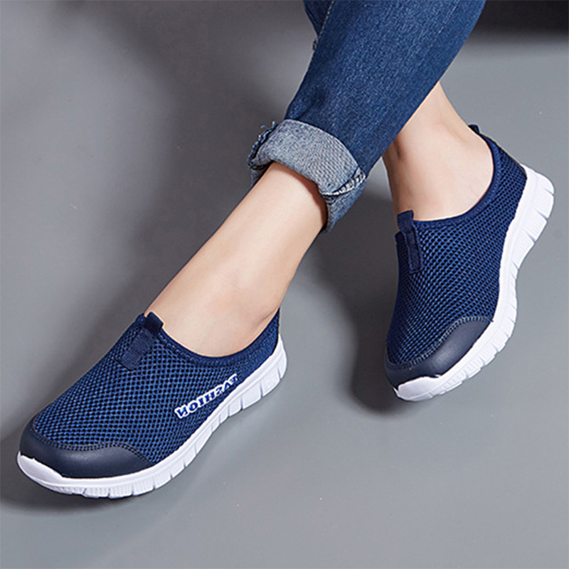 Spring Summer Women Sneakers Breathable Mesh Light Flat Loafers Casual Shoes Women Fashion Outdoor Walking Shoes Plus Size 35-43(China)