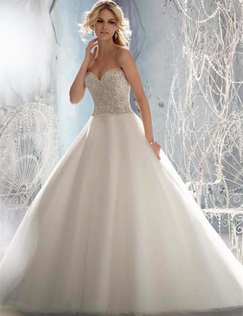 Free Shipping Ball Gown Sweetheart with Delicate Crystal Beaded Embroidery on Tulle Wedding Dresses Bridal