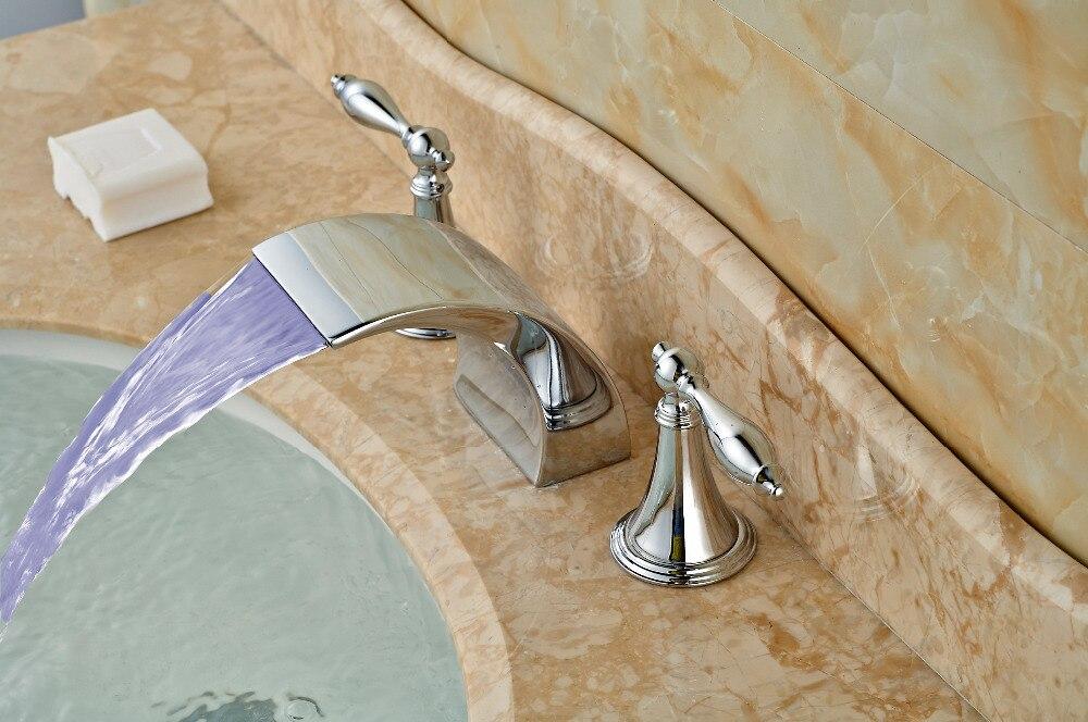 ФОТО LED Widespread Chrome Brass Bathroom Basin Faucet Double Handles Vanity Mixer