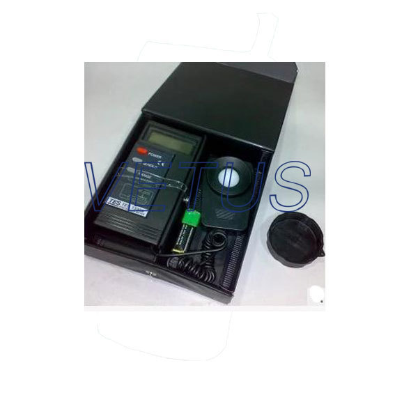TES-1330A TES1330A Peak hold digital lux meter professional digital lux meter 0 1 200 000lux lcd lux fc light intensity tester data hold peak reading hold accuracy 0 1lux