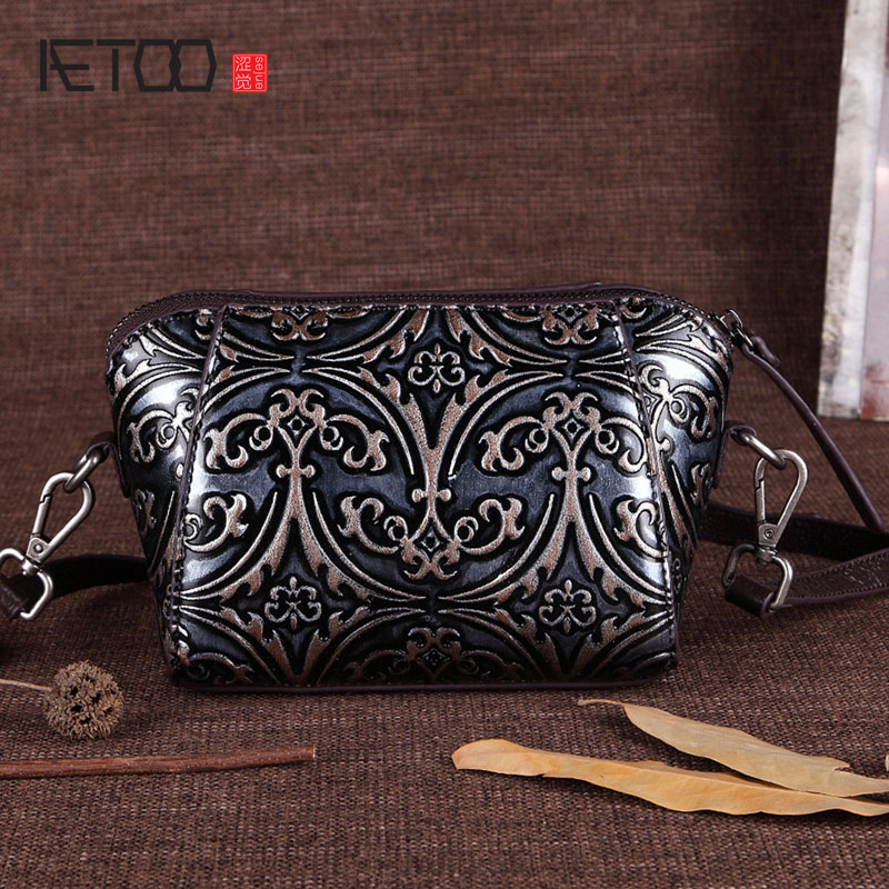 AETOO New handbags leather leather handmade shoulder bag embossed hand bag Messenger bag small square bag