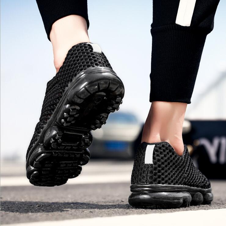 High quality men sneakers sport shoes walking shoes 2018 breathable mesh shoes outdoor breathable sports shoes M14
