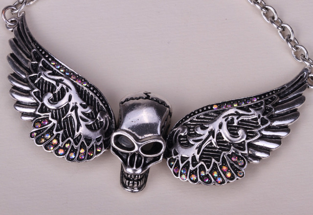 Wings skull necklace biker jewelry with crystal free for Drop shipping jewelry business