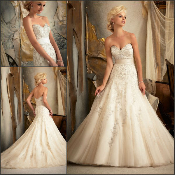 Ivory Color Heart Shaped Ball Gown Long Tail Liqued Decorated Tulle Love Forever Wedding Dress