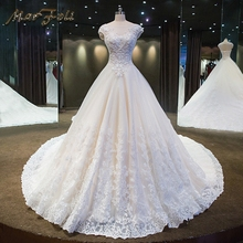 2017 New Fashion Elegant Kristal Manik-manik A Line Wedding Dresses Princess Ball Gown Katedral / Royal Train O-Neck Wedding dress