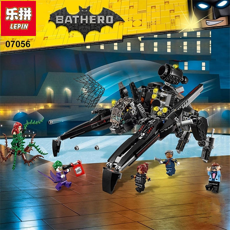 Lepin 07056 New 775Pcs Genuine Batman Movie Series The Scuttler Bat Spaceship Set Building Blocks Bricks Education Toys 70908