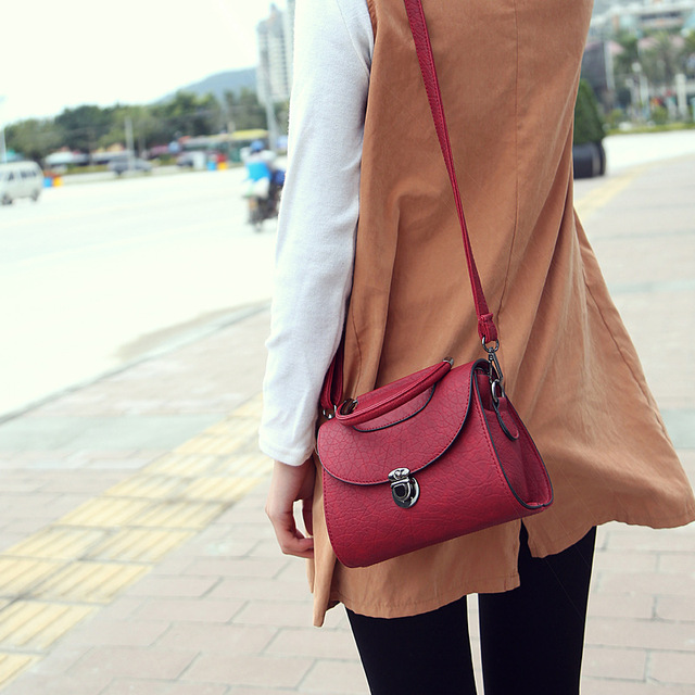 2016 New Arrival Flap Pu Shoulder Bags & Crossbody Polyester Single Vintage Women Solid Cover Hard Silt Pocket Ver
