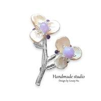 La MaxZa Elegant Women Brooches Natural Crystal Flower Fashion Brooches Romantic Handmade Brooches Women Wedding Party XZ2015