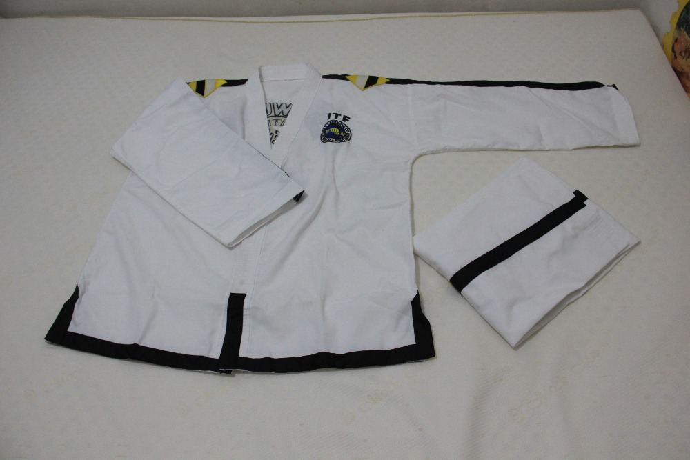 цены ITF full embroidery Taekwondo clothing standard plain 1-3 dan assistant instructor doboks 4-6 dan Instructor uniforms wholesale