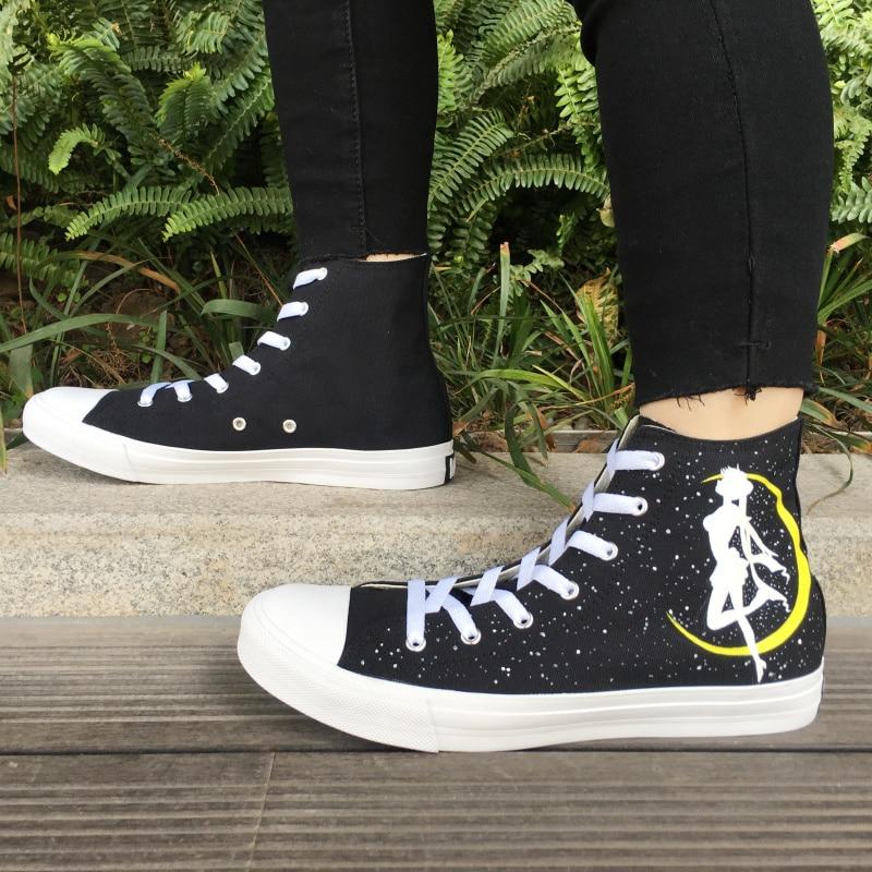 купить Wen Canvas Sneakers Women Men Hand Painted Shoes Anime Sailor Moon Skateboarding Shoes High Top Lace Up Sports Flat Plimsolls по цене 5588.06 рублей