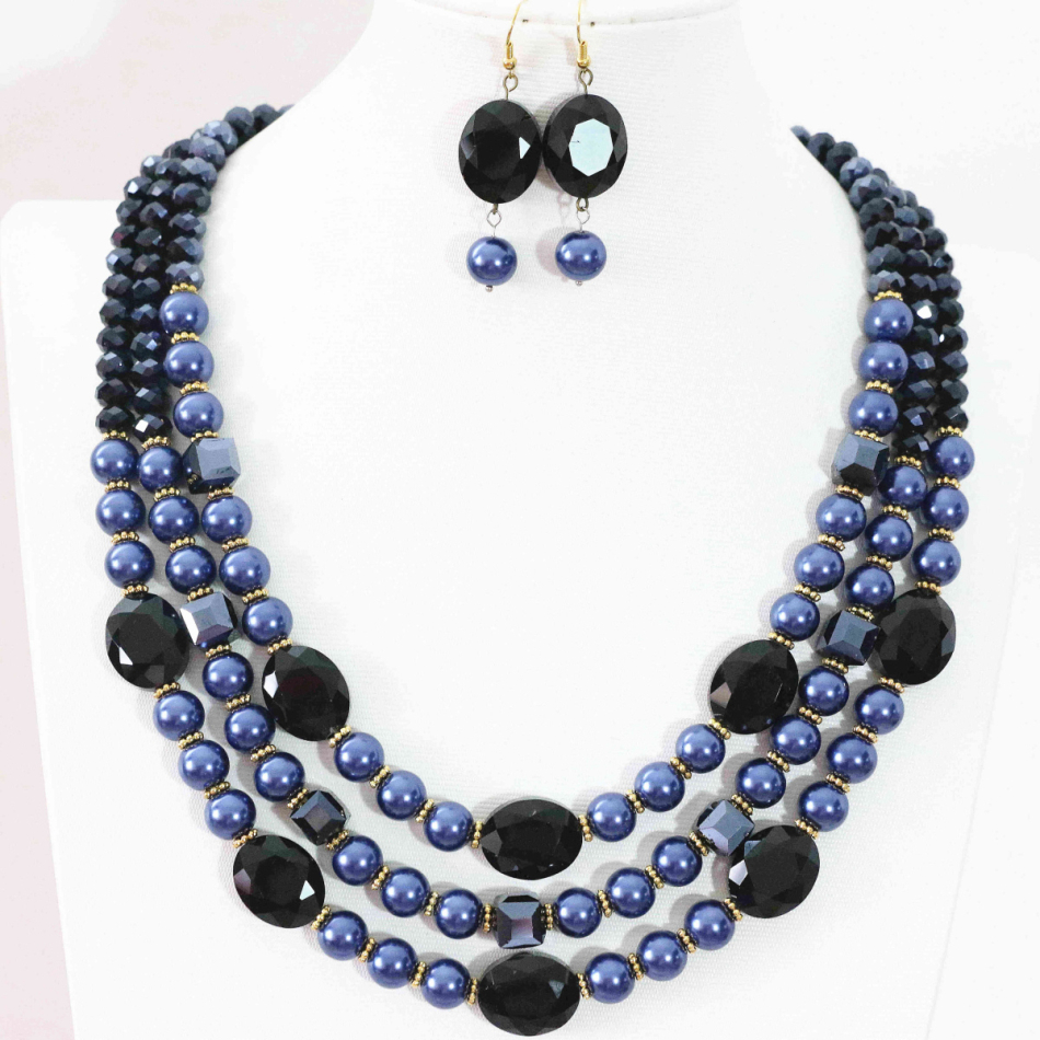 """21.5/"""" Onyx Crystal Shell Necklace"""