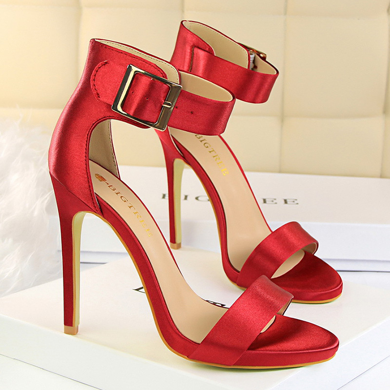 Woman Pumps High Heels Women Sandals Sexy Wedding Shoes Dancing Women Shoes Metal Buckle Strap Ladies Shoes Chaussures Feminino