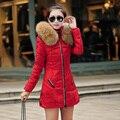Novo 2015 inverno mulheres Parka casacos jaqueta de pato para baixo com grande gola de pele Plus Size L - XXXL espessamento longo casaco A104