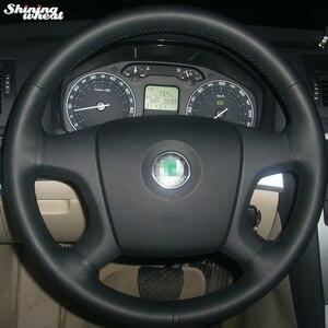 Image 1 - Capa para volante de couro preto, brilhante, costura à mão, volante, old skoda octavia skoda fabia