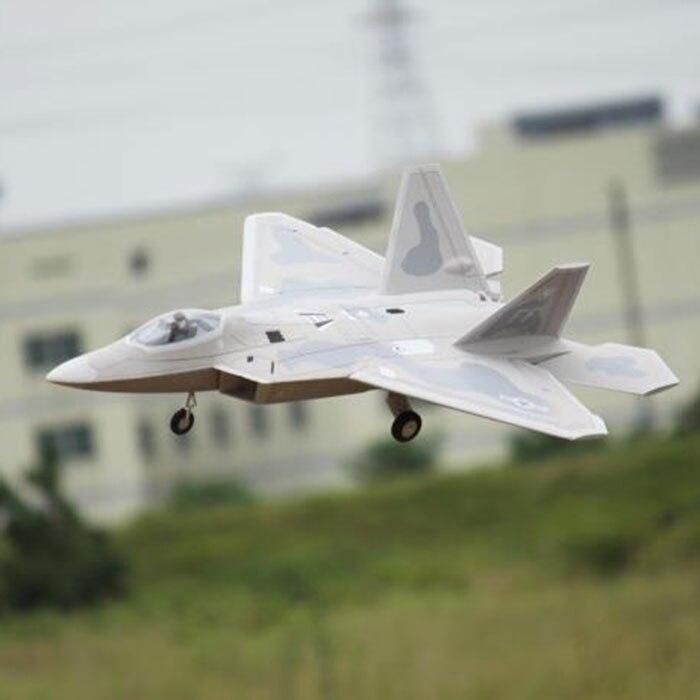 Oyuncaklar ve Hobi Ürünleri'ten RC Uçaklar'de Elektrikli rc jet uçak Freewing F22'da  Grup 1