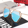 2017 Women Sunglasses Fashion Style Reflective UV400 Eyewear Fashion Brand Designer Colorful Women Sun Glasses