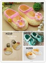 Charming Crochet baby shoes Soft infant girl flower leaves 0 12M cotton crochet shoes