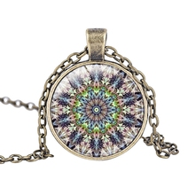 10pcs/lots Round Multicolor glass Flower window Notre Dame Cathedral pendant necklace jewelry T-3