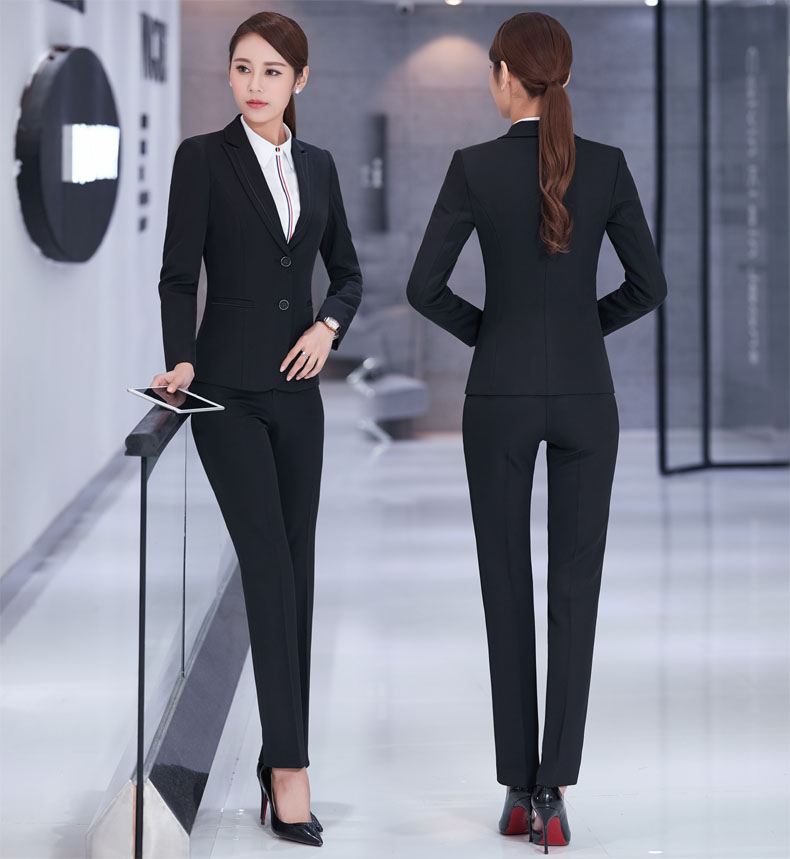 tailleur nero pantalone e giacca