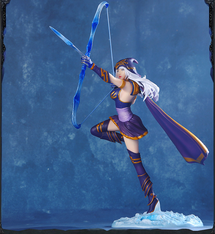 NEW Hot! 23cm The Frost Archer  Ashe  Vayne action figure toys collection doll Christmas gift with box new hot 13cm sailor moon action figure toys doll collection christmas gift with box