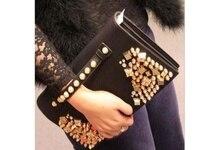 купить New arrive Retro rivet handbags clutch shoulder bag women Messenger bags for female free shipping по цене 2227.49 рублей