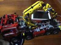 1877Pcs Technic Series Crane Truck Wrecker 3D Model Building Kits Blocks Bricks Toys Gift with Lepins Figures
