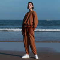 Новое поступление 2018 оригинальный дизайн Длинные рукава свитер с рюшами из толстовки с капюшоном и Штаны повседневный комплект для женщин