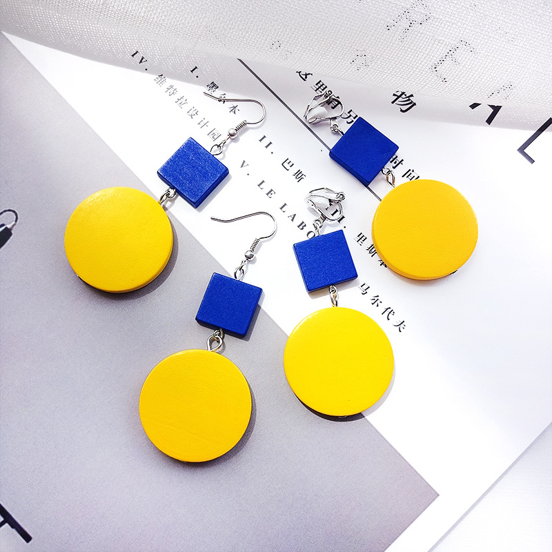 2018 Ladeis Long Drop Earrings Fashion Yellow Round Wooden Pendientes For Women Temperament Koroean Earrings Jewelry Gift