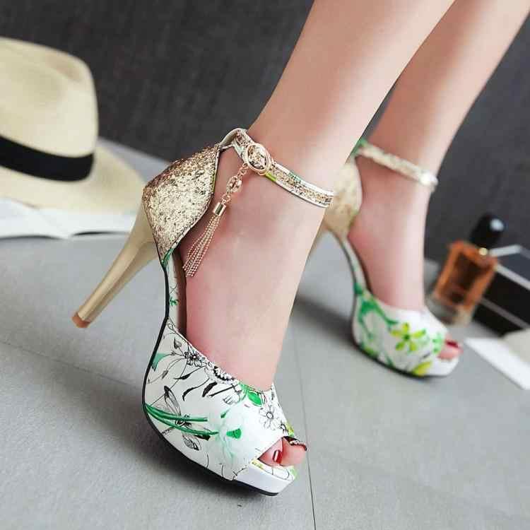 Klasik kadın sandalet kelime toka renk eşleştirme ile çiçekler kodu ile yüksek topuklu yaz su geçirmez masa sandalet ile