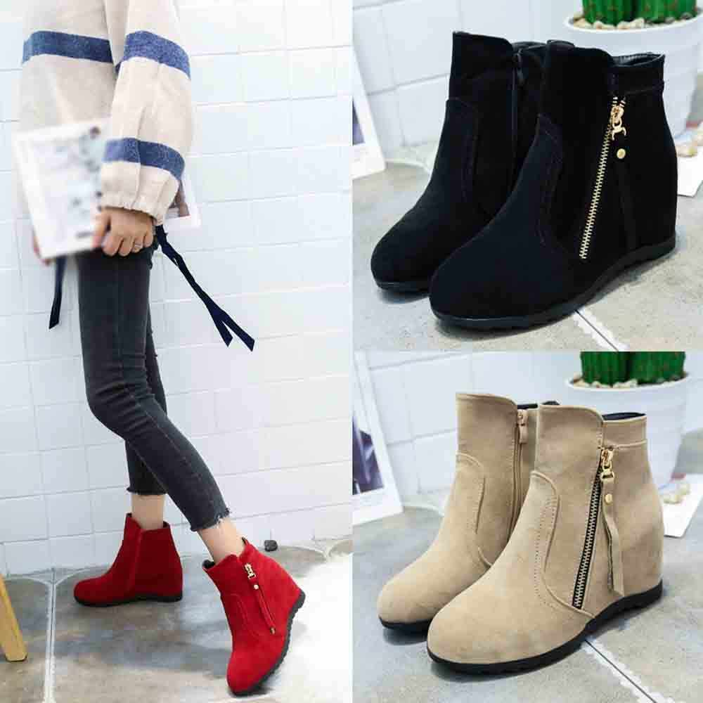 Зимние ботинки; коллекция 2018 года; женские ботинки; ботинки до середины икры на танкетке; женская обувь; модные черные женские мокасины; кожаные ботинки; женская обувь с круглым носком