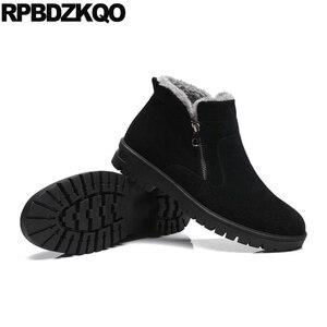 Image 5 - Botas de invierno hasta el tobillo de talla grande para hombre con cremallera de nieve 2017, zapatos negro cálido, calzado de caña alta cómodo a la moda