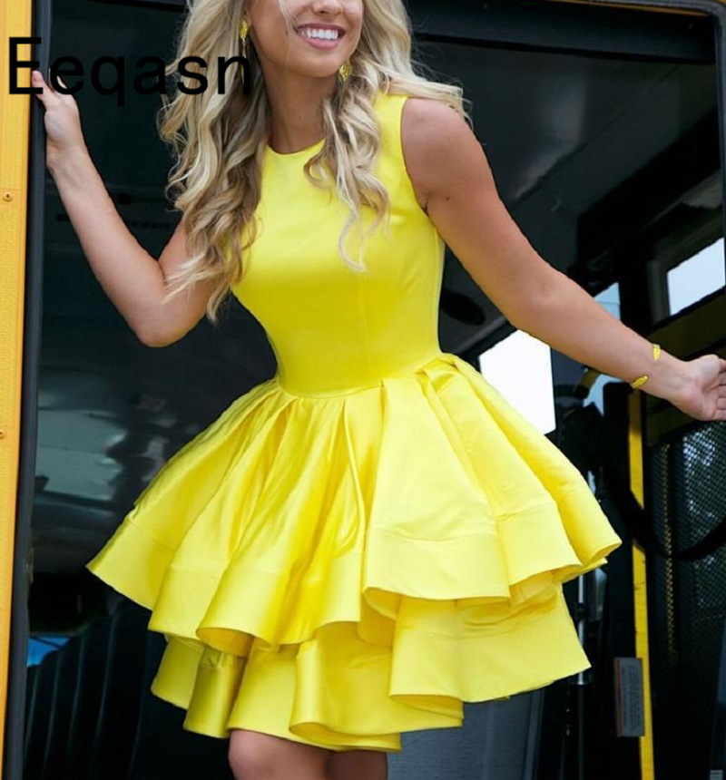 Sexy Yellow Cocktail Dress Satin A Line Short Homecoming Dress 2020 Mini Graduation Party Dresses Cheap robe de cocktail