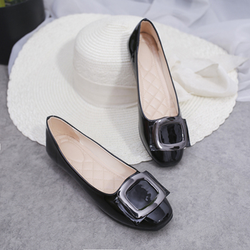 2018 Flat Shoes Woman Autumn Patent Leather Moccasins Solid Slip on Boat Shoes for Women Flats Loafers Chaussure Femme Slipony Flats
