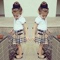 3 UNIDS corta + vestido + zapatos de bebé de la ropa del verano niñas establece Niño Infantil de la Muchacha plaid tops + vestido de Ropa de Los Cabritos Fijaron