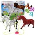 1 шт. Электрический Зебра 14 см Электрический Лошадь кучу Пластиковая Игрушка Электрический Лошадь 2 Случайные Фантазии Игрушки для Детей
