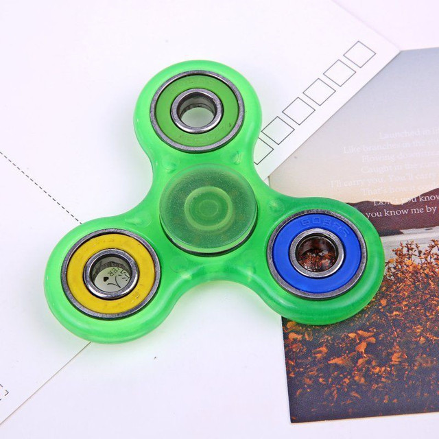 2017 New Style Toy Rainbow Titanium Alloy Fidget Spinner Blade Pocket Hand Toy Finger Gyro EDC Toys Finger Gyro