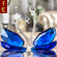 Creative wedding gifts for friends wedding bestie practical high grade crystal ornaments Home Furnishing Swan jewelry crafts