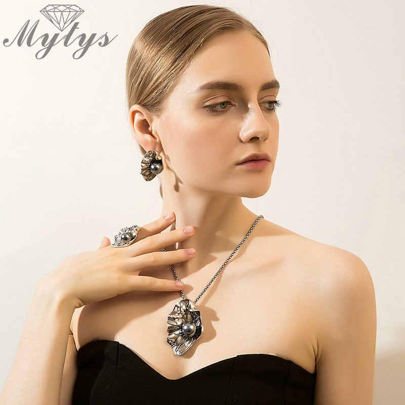 Mytys เหี่ยวใบต่างหูสร้อยคอชุดสำหรับผู้หญิงสีดำไข่มุกสีม่วงชุดเครื่องประดับสไตล์ย้อนยุคของขวัญ CN437 CE475