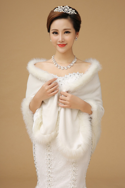 White Wedding Cloak Fur Party/Evening Imitation Cashmere Shawls Sleeveless Wedding Wraps Shawls