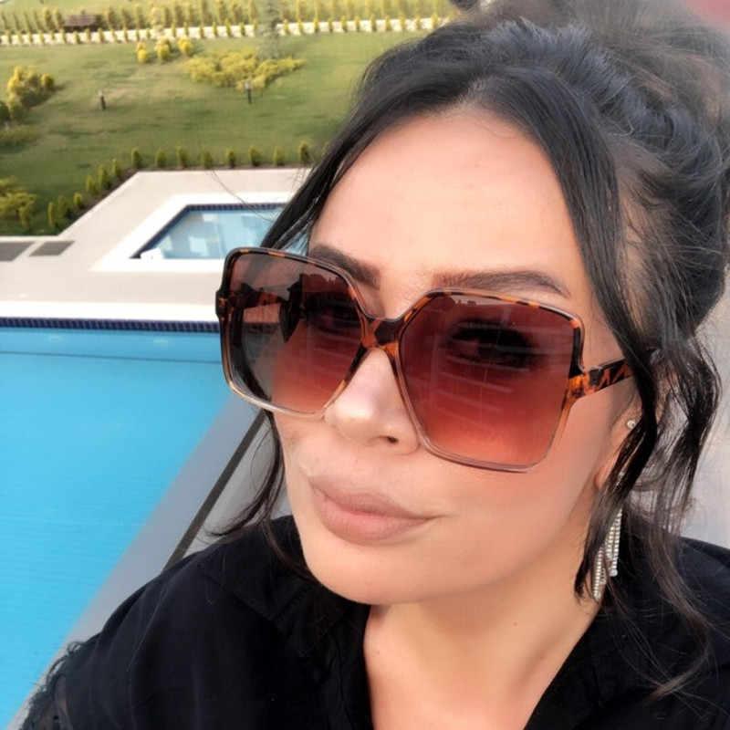 Higody moda feminina oversize óculos de sol gradiente de plástico marca designer feminino uv400 lentes sol mujer
