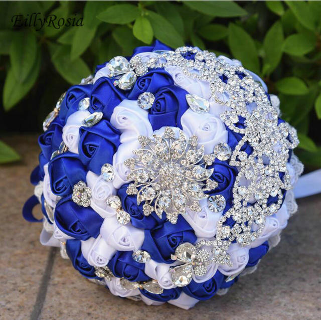 Royal Blue Bridal Bouquets 2019 Crystals Brooch Wedding Bouquet Bride Artificial Handmade Beautiful Bridesmaid Holding Flowers