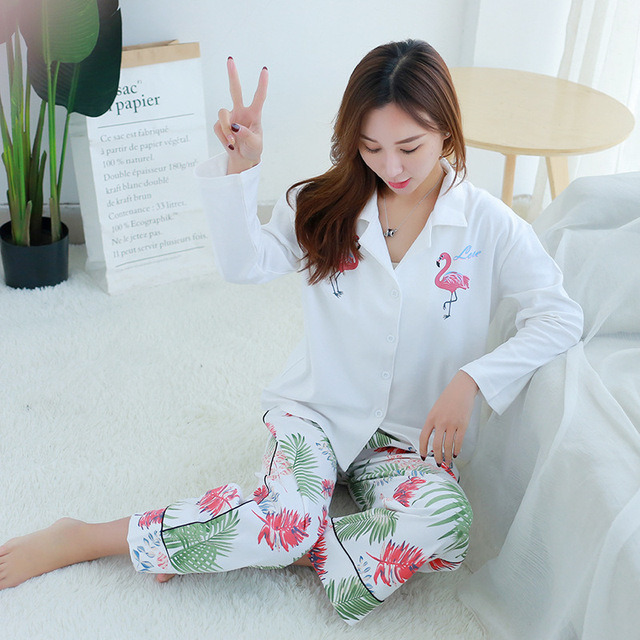 a4ce033c2e New 2018 Autumn Long Sleeved Flamingo Pajama Sets Women Jungle Printed Long  Loose Trousers Cotton Sleepwear Cardigan Pyjamas