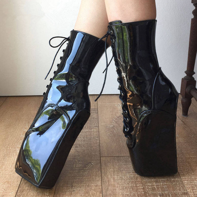 e4060a8c2 € 143.92 |Las mujeres zapatos de tacón alto negro brillante fetiche Ballet  zapatos Sexy botas de tobillo de encaje extrema tacones botas para ...