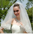 Delicate 2016 Lace White Beige Bridal Veils Elbow Length Lace Bridal Wedding Veils with Comb