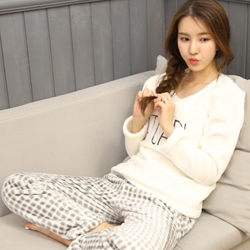 Pajama Female Winter Thick Flannel Warm  Pajama Set Cute Letter Print Long Sleeve Full Trousers Two Piece 2018 Top Fashion